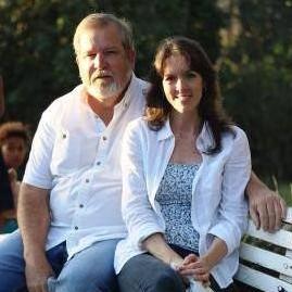 <span>Pete & Jodi</span>